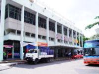 エカマイのバスターミナル