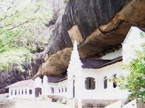 石窟寺院の入口