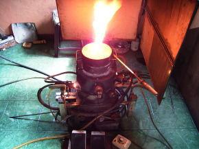加熱中の炉