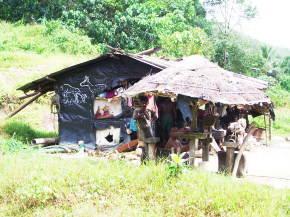鉱夫たちの小屋